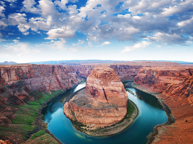 Horse Shoe Bend in Arizona. Photo: Somchai Jongmeesuk