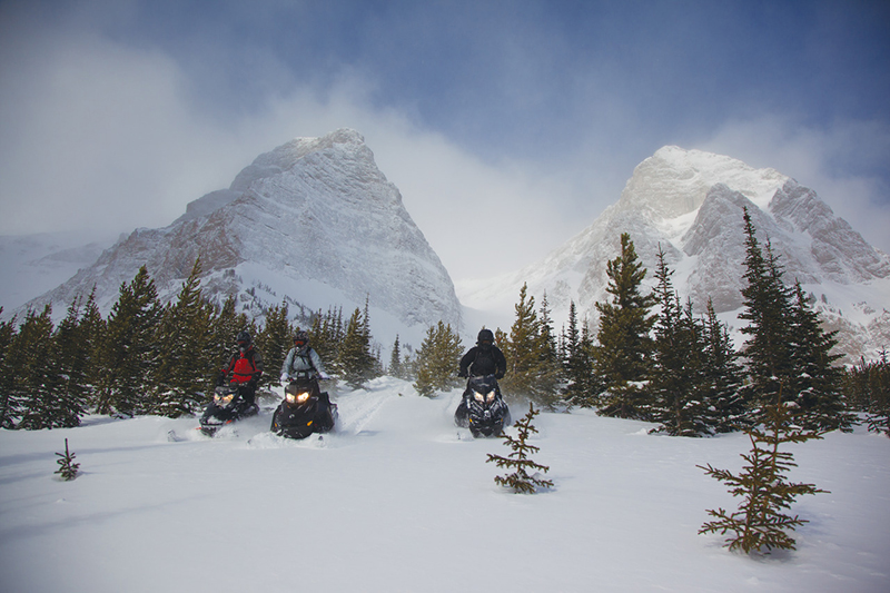 canadian rockies skiing